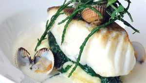 Cod with samphire and foam of Champagne